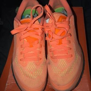 Nike airmaxes 2014